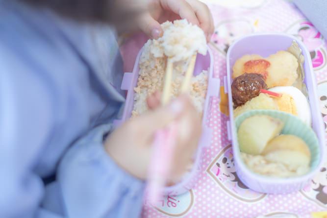 食事中風景1