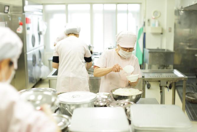 幼稚園内にある厨房の様子